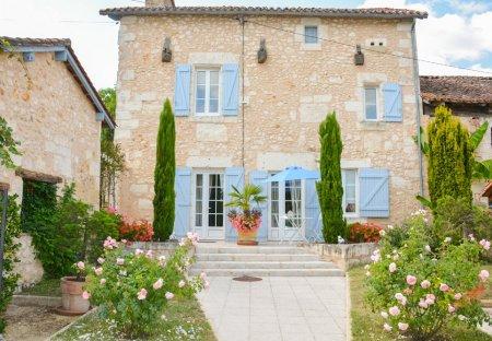 Villa in Saint-Germain-du-Salembre, France