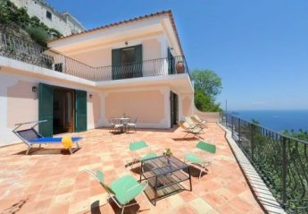 2 bedroom Villa for rent in Praiano