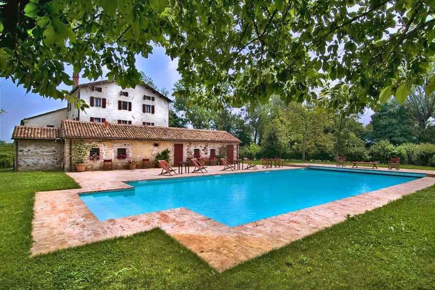 Villa in Italy, Bastia - Ponte delle Valli