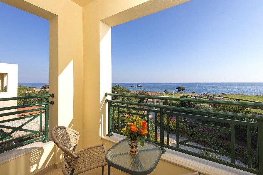 Olympia Beach Villa