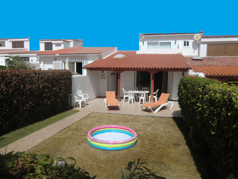 Villa in Spain, Golf del Sur: The Garden is private, sunny and secure