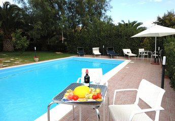 Villa in Italy, Ballata
