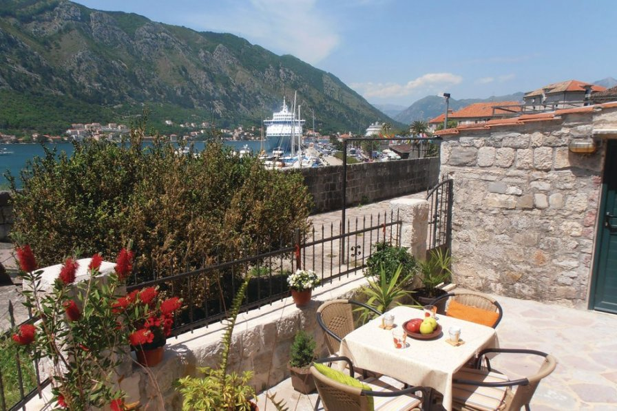 Holiday apartment in Kotor