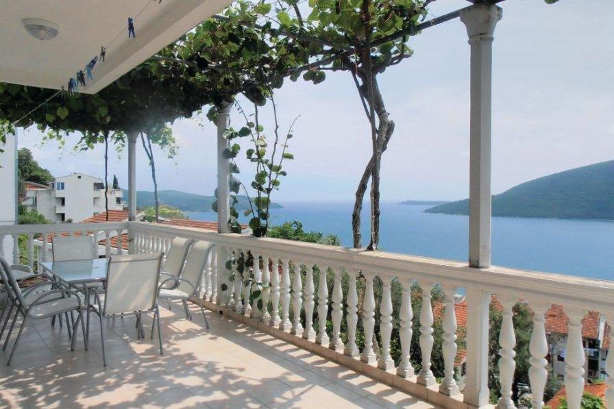 Herceg Novi villa to rent
