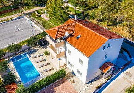 Villa in Radošinovci, Croatia