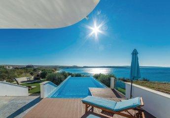 5 bedroom Villa for rent in Povljana