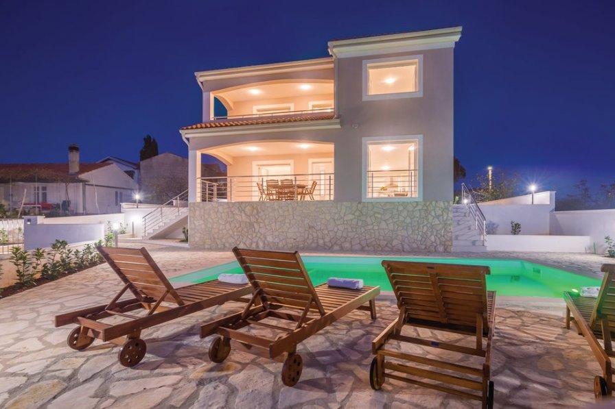 Villa in Croatia, Linardići