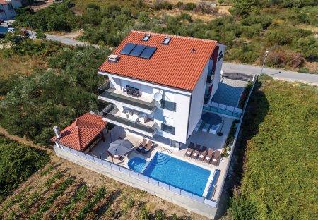 Villa in Stobreč, Croatia