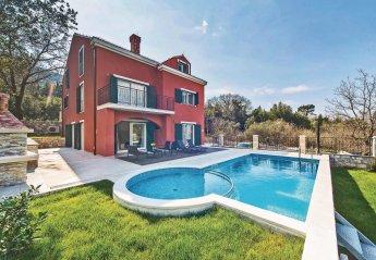 6 bedroom Villa for rent in Gruda