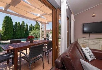 4 bedroom Villa for rent in Medulin
