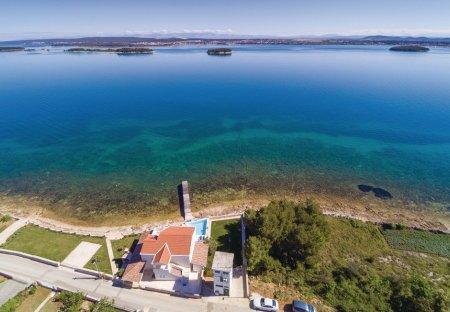 Villa in Tkon, Croatia