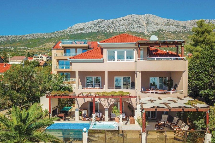 Villa in Croatia, Kaštel Gomilica