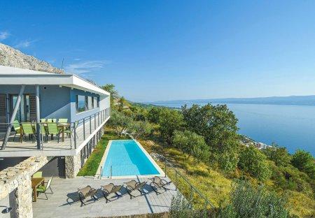 Villa in Jesenice, Croatia