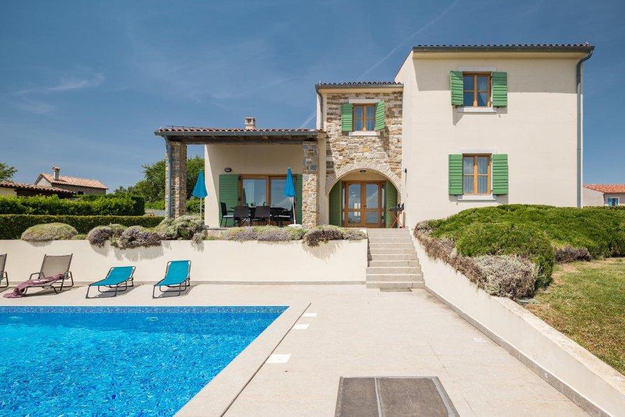 Villa in Croatia, Baredine: --