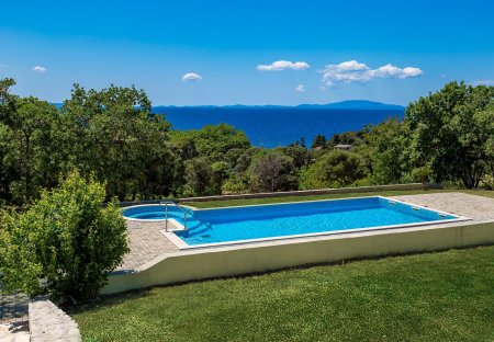 Villa in Novalja, Croatia