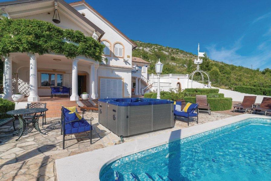 Villa in Croatia, Seline