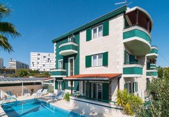 7 bedroom Villa for rent in Split