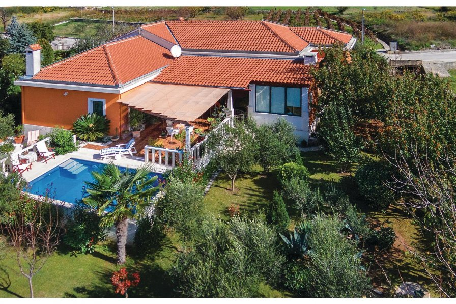 Villa in Croatia, Srinjine