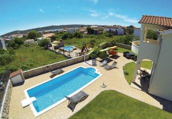 4 bedroom Villa for rent in Pirovac