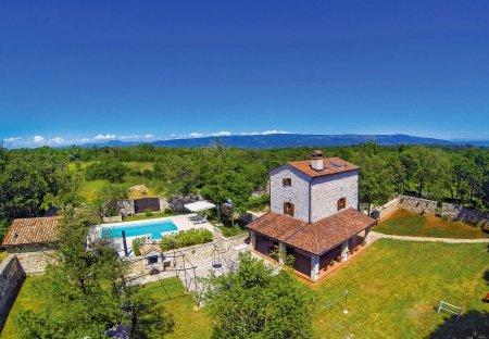 Villa in Krnica, Croatia: DCIM\101GOPRO