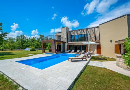 Villa in Vadediji, Croatia