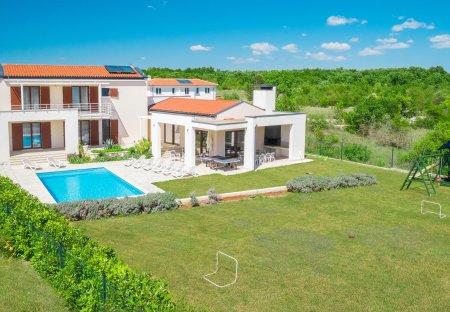 Villa in Štokovci, Croatia