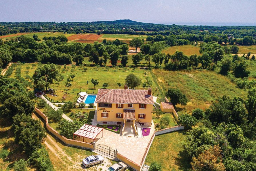 Villa in Croatia, Šišan