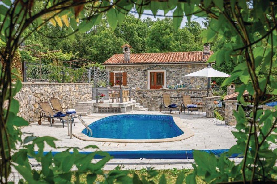 Villa in Croatia, Ružići