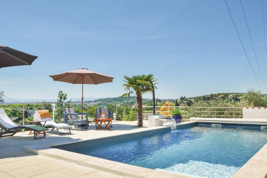 Villa in France, Seminaire Colombier