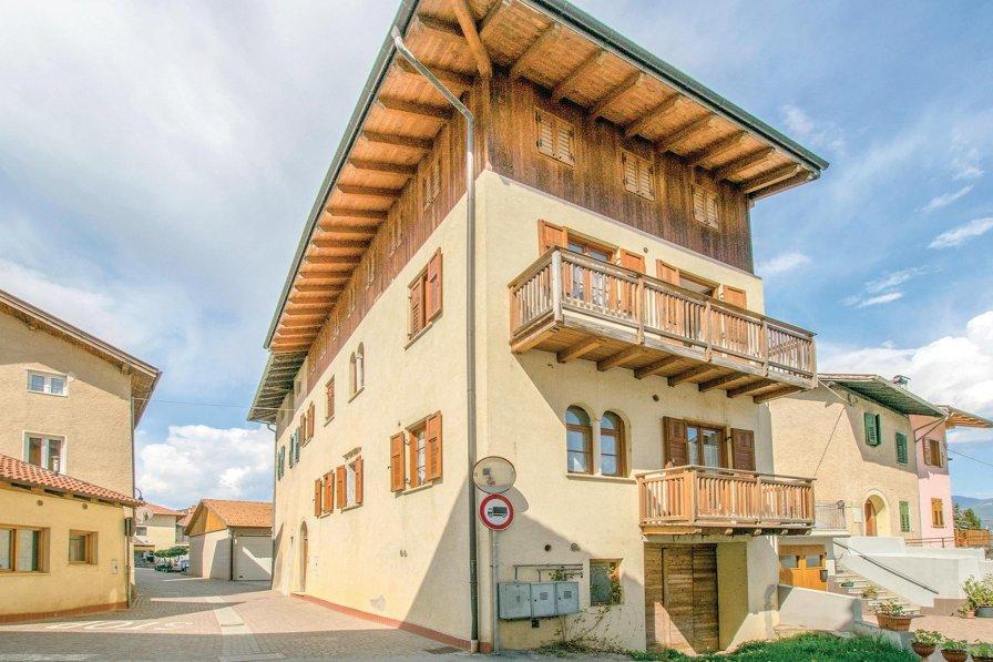 Apartment in Italy, Cunevo