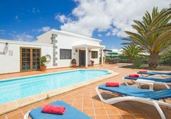 4 bedroom Villa for rent in Playa Blanca