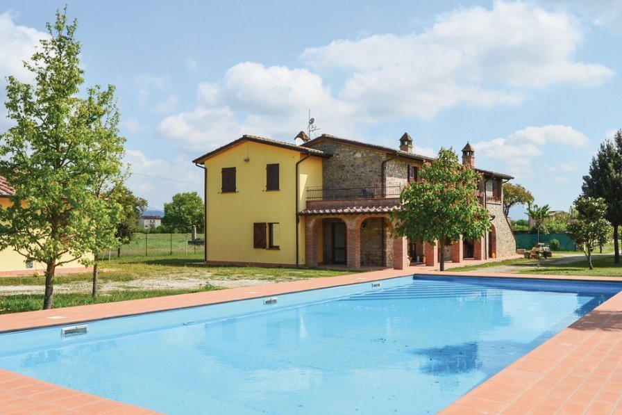 Apartment in Italy, Magione