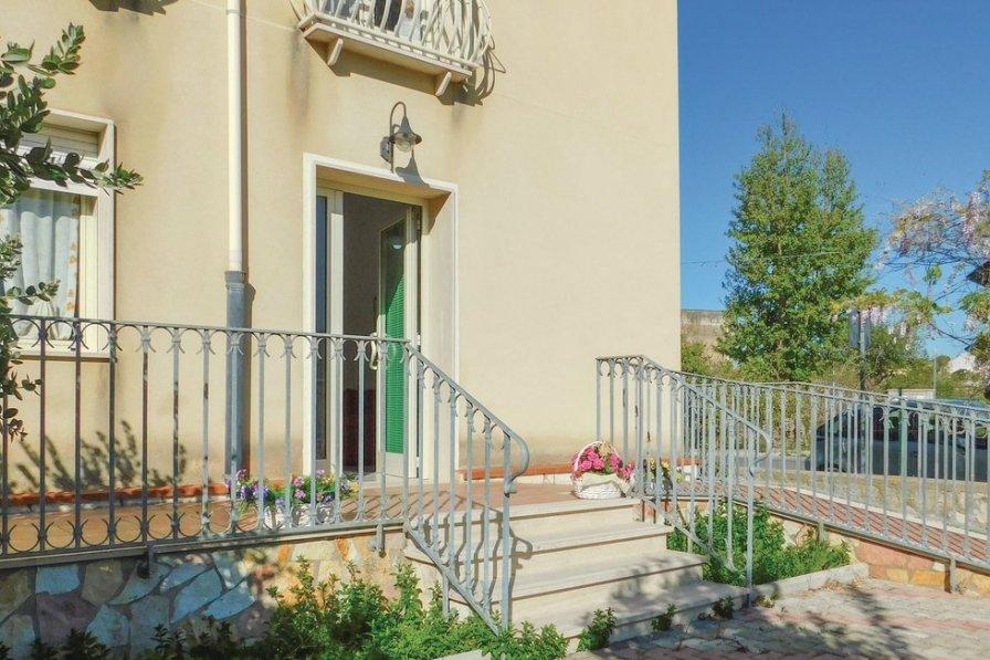 Apartment in Italy, Salemi: