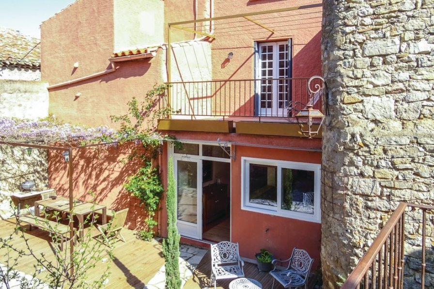 Holiday villa in Aude with private pool