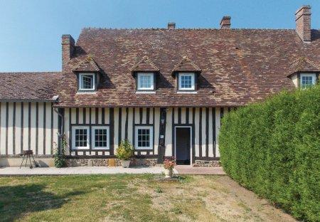 Villa in Champignolles, France