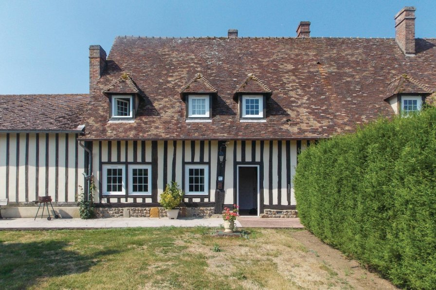 Villa to rent in Eure