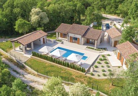 Villa in Žužići (Tinjan), Croatia