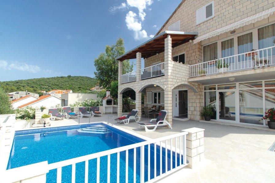 Villa in Croatia, Žrnovska Banja