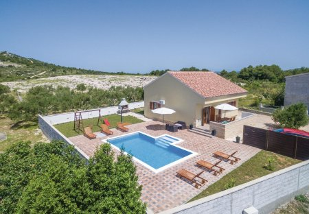 Villa in Drage, Croatia