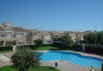 Apartment in Spain, Torrevieja Town: Communal pool and garden
