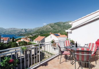 3 bedroom Apartment for rent in Cavtat