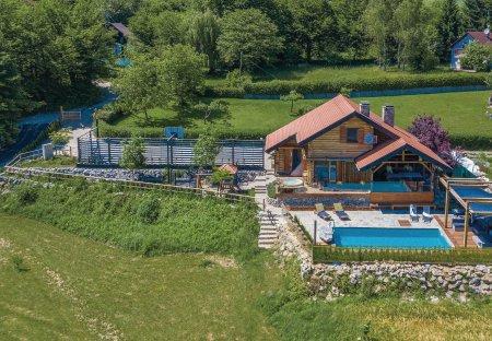 Villa in Gornji Zvečaj, Croatia