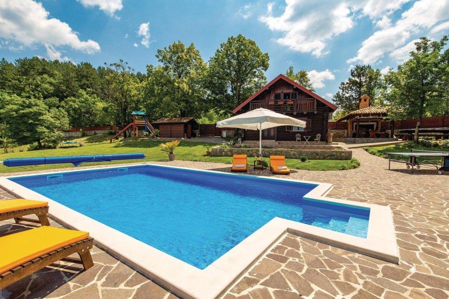 Villa in Croatia, Lisac