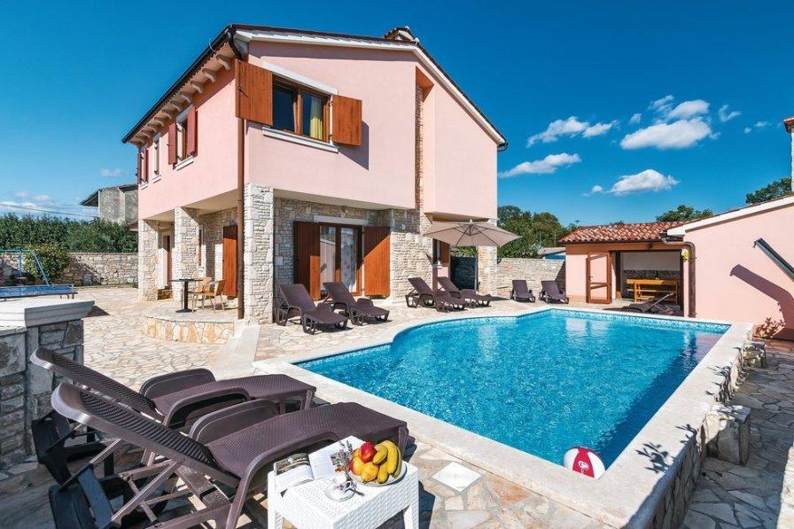 Villa in Croatia, Orihi