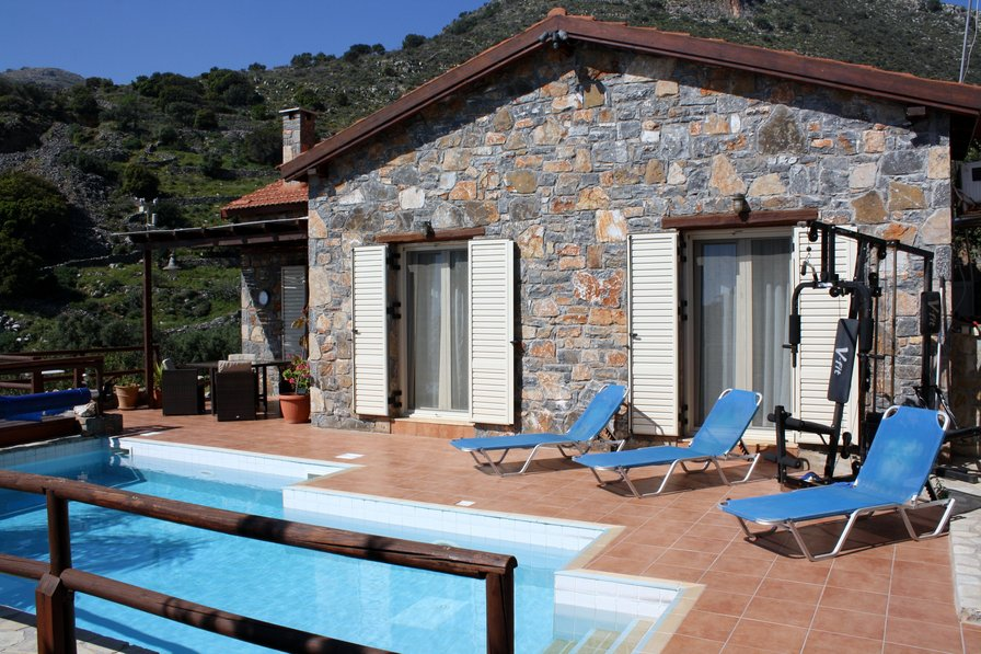 Villa To Rent In Elounda Crete With Private Pool 20507