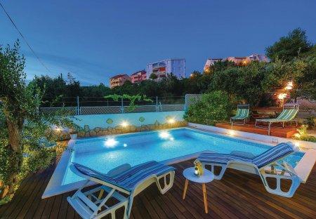 Apartment in Okrug Gornji, Croatia