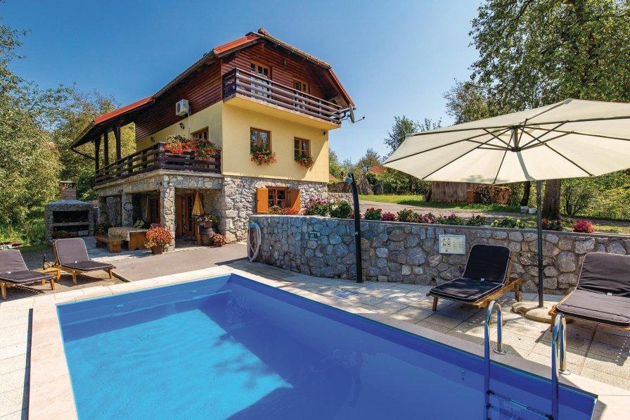 Villa To Rent In Gorenci Croatia With Swimming Pool 205181