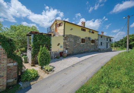 Villa in Lanišće (Kršan), Croatia
