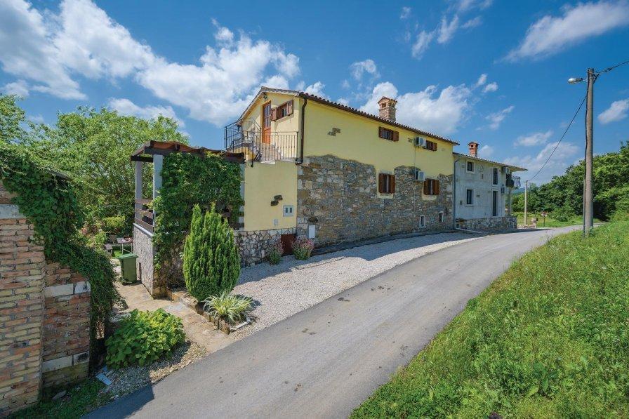 Villa in Croatia, Lanišće (Kršan)