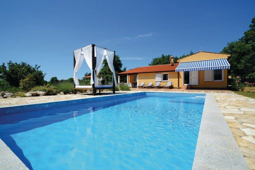 Villa To Rent In Ripenda Kras Croatia With Swimming Pool 205277